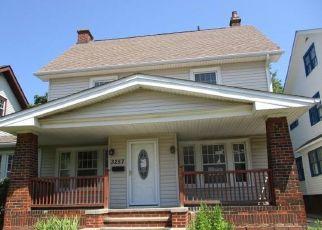 Casa en ejecución hipotecaria in Cleveland, OH, 44118,  WASHINGTON BLVD ID: F4498440