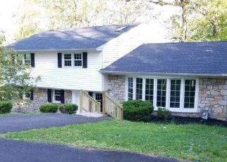 Casa en ejecución hipotecaria in Huntingdon Valley, PA, 19006,  COUNTRY CLUB DR ID: F4498487