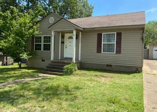 Casa en ejecución hipotecaria in Poplar Bluff, MO, 63901,  N 10TH ST ID: F4498520