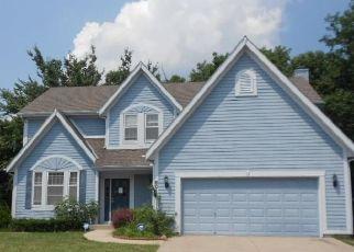Casa en ejecución hipotecaria in Kansas City, MO, 64152,  N NODAWAY AVE ID: F4498523