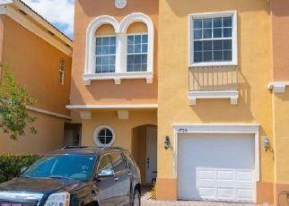 Casa en ejecución hipotecaria in Naples, FL, 34119,  ROMANA WAY ID: F4498821