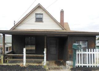 Casa en ejecución hipotecaria in Glassport, PA, 15045,  DELAWARE AVE ID: F4498927