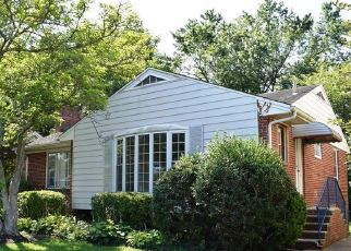 Casa en ejecución hipotecaria in Kensington, MD, 20895,  STILLWATER AVE ID: F4499279