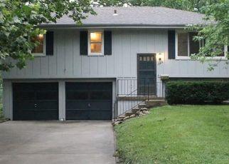 Casa en ejecución hipotecaria in Grandview, MO, 64030,  LOWELL AVE ID: F4500173