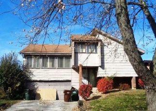 Casa en ejecución hipotecaria in Hazel Crest, IL, 60429,  MONTMARTE AVE ID: F4500236