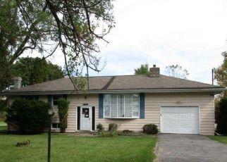 Casa en ejecución hipotecaria in Ontario Condado, NY ID: F4500692