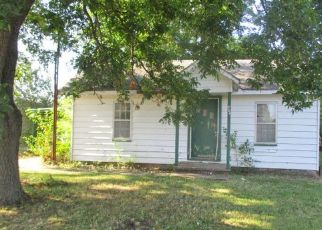 Foreclosure Home in Duncan, OK, 73533,  W PARK AVE ID: F4501018