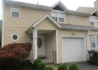 Casa en ejecución hipotecaria in Washingtonville, NY, 10992,  REVERE CIR ID: F4501029