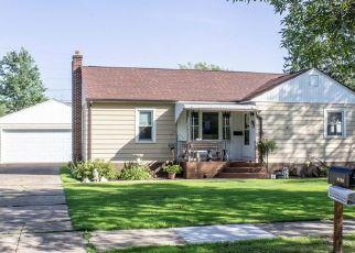 Casa en ejecución hipotecaria in Eau Claire, WI, 54703,  ROBIN RD ID: F4501127