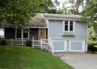 Casa en ejecución hipotecaria in Kansas City, MO, 64155,  NE 113TH ST ID: F4501336