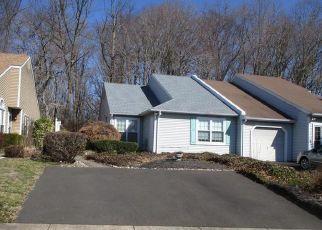 Casa en ejecución hipotecaria in Langhorne, PA, 19047,  WOODS EDGE PL ID: F4502766