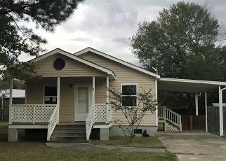 Foreclosure Home in Ponchatoula, LA, 70454,  DAVIE DR ID: F4503620