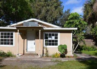 Casa en ejecución hipotecaria in Gibsonton, FL, 33534,  LINDA ST ID: F4503700