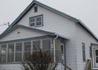 Casa en ejecución hipotecaria in Morrisonville, NY, 12962,  EMORY ST ID: F4503974