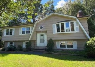 Foreclosure Home in Milford, CT, 06461,  OAK BLUFF RD ID: F4503985