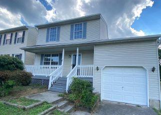 Casa en ejecución hipotecaria in Pasadena, MD, 21122,  GREENGATE WAY ID: F4504073