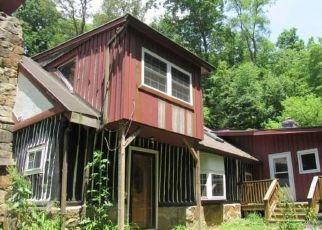 Casa en ejecución hipotecaria in Armstrong Condado, PA ID: F4504183