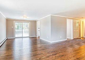 Casa en ejecución hipotecaria in Stony Brook, NY, 11790,  HALLOCK RD ID: F4504307