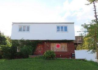 Casa en ejecución hipotecaria in Elmont, NY, 11003,  STONE ST ID: F4504308