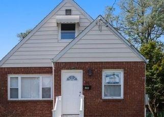 Casa en ejecución hipotecaria in Valley Stream, NY, 11580,  FAIRFAX ST ID: F4504881