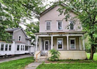 Casa en ejecución hipotecaria in Coxsackie, NY, 12051,  MANSION ST ID: F4505480