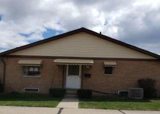 Casa en ejecución hipotecaria in Sterling Heights, MI, 48313,  18 MILE RD ID: F4505644