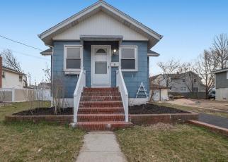 Casa en ejecución hipotecaria in Freeport, NY, 11520,  GORDON PL ID: F4505755