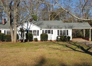 Casa en ejecución hipotecaria in Ware Shoals, SC, 29692,  HIGHWAY 25 ID: F4505822