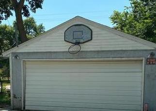 Casa en ejecución hipotecaria in Austin, MN, 55912,  2ND AVE NE ID: F4505998