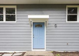 Casa en ejecución hipotecaria in Red Hook, NY, 12571,  CORNELL AVE ID: F4506028