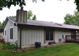 Casa en ejecución hipotecaria in Lake Saint Louis, MO, 63367,  RUE GRAND DR ID: F4506316