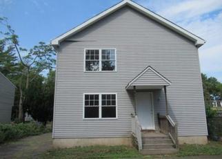Casa en ejecución hipotecaria in Hartford, CT, 06120,  MARTIN ST ID: F4506529