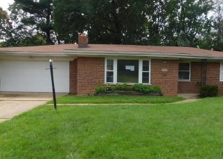 Casa en ejecución hipotecaria in Saint Louis, MO, 63121,  CONTOUR DR ID: F4507273