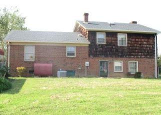 Casa en ejecución hipotecaria in Emporia, VA, 23847,  EDGEWOOD LN ID: F4508205