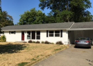 Foreclosure Home in Henderson, KY, 42420,  HOLLOWAY LN ID: F4508777