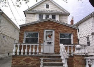 Casa en ejecución hipotecaria in South Ozone Park, NY, 11420,  132ND ST ID: F4508869