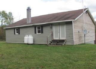 Casa en ejecución hipotecaria in Oxford, NY, 13830,  TURNER ST ID: F4509317