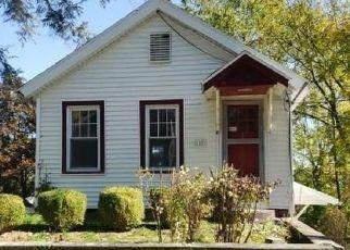 Casa en ejecución hipotecaria in Port Ewen, NY, 12466,  SACKETT ST ID: F4509770