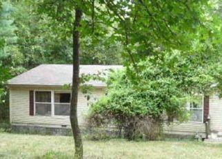 Casa en ejecución hipotecaria in Reeds Spring, MO, 65737,  PURIST LN ID: F4511283
