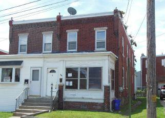 Casa en ejecución hipotecaria in Clifton Heights, PA, 19018,  WALNUT ST ID: F4511759