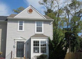 Casa en ejecución hipotecaria in Temple Hills, MD, 20748,  DUNLAP ST ID: F4511782