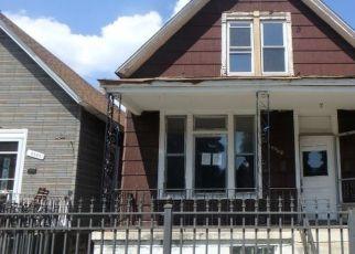 Casa en ejecución hipotecaria in Chicago, IL, 60617,  S AVENUE H ID: F4511938