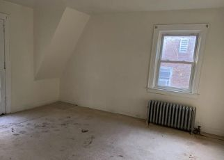 Casa en ejecución hipotecaria in Yonkers, NY, 10705,  CARYL AVE ID: F4512029