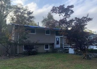 Foreclosure Home in White Plains, NY, 10607,  GREENWOOD LN ID: F4512030