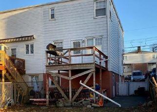 Casa en ejecución hipotecaria in Yonkers, NY, 10701,  TROY LN ID: F4513282