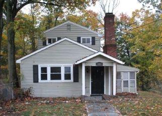 Casa en ejecución hipotecaria in Valley Cottage, NY, 10989,  STORMS RD ID: F4513352