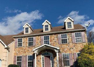 Casa en ejecución hipotecaria in Royersford, PA, 19468,  PINE TREE DR ID: F4513970