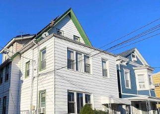 Casa en ejecución hipotecaria in Woodhaven, NY, 11421,  90TH RD ID: F4513986
