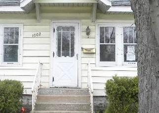 Casa en ejecución hipotecaria in Muskegon, MI, 49441,  W LAKETON AVE ID: F4514210