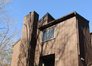 Casa en ejecución hipotecaria in Highland Mills, NY, 10930,  REDWOOD DR ID: F4514227
